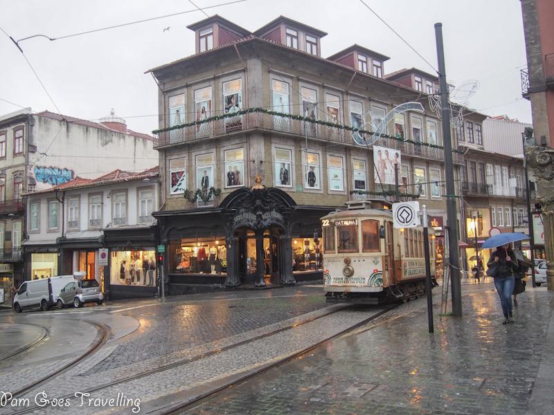 Romancing in Porto